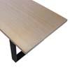Eettafel met tafelblad van massief iepen in whitewash met door en door zwart onderstel frames.