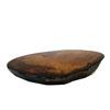 Onderzetter 'Eiland 2' van kersenhout gegoten in zwarte epoxyhars, gepolijst.